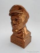 Bronz Lenin szobor