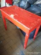 Eladó nagyon régi paraszt asztal.