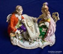 Gyönyörű antik Német Luswigsburg porcelán zenélő páros 1775
