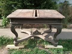 Eredeti Antik Korabeli bécsi barokk étkezőasztal.1850-