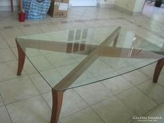 NATUZZI megkarcolhatatlan kristályüveg tetejű dohányzóasztal