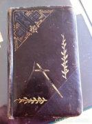 Szép állapotú 1892-ben kiadott, bőrkötésű imakönyv