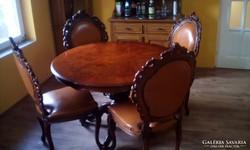 Asztal 4db bőrös székkel eladó