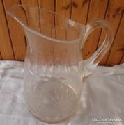 Metszett üveg kancsó
