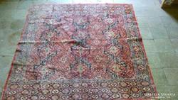 Antik szőnyeg (150cm.x150cm.)