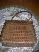 Krokodilbőr táska