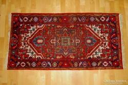Kézi csomózású gyapjú szőnyeg 70x140 cm