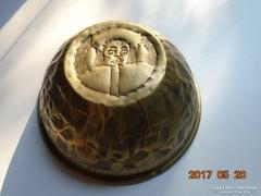 Kézműves réz tál-ritka hajcsár portré és karaván-12,5 x 5 cm