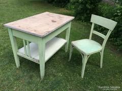 Népi bútor fenyő asztal és szék
