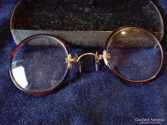 Antik szemüveg St.Luis