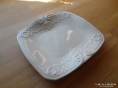 Régebbi Tettau Bavaria fehér porcelán tálka 16,5 x 18,5 cm