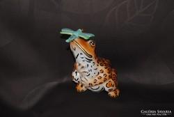Hollóháziporcelán leopárd mintás béka szitakötővel
