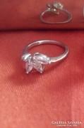 Virág köves ezüst gyűrű