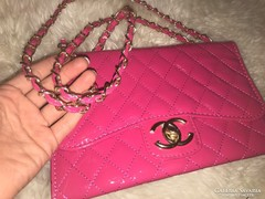 Pink lakk rózsaszín női táska,retikül