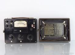 0M302 Régi bakelitházas UNIVEKA 147 URAV műszer