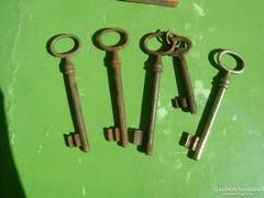 Régi kulcsok