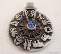 Különleges antik forgatható horoszkóp medál