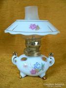 Porcelán petróleumlámpa