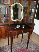 Gyönyörű antik Thonet női fésülködő asztal eladó