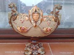 Antik majolika asztalközép