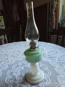 Régi porcelán asztali petróleum lámpa