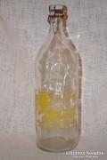 Margit Szigeti Ásványvíz csatos üveg