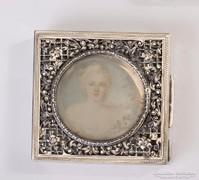 Gyönyörű ezüst pudrié festett női portréval