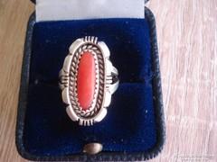 Antik korall köves ezüst gyűrű