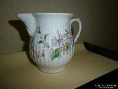 Antik kézzel festett porcelán kancsó
