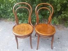 2 db. restaurált Thonet szék.