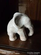 Nagyobb méretű régi repesztett mázas elefánt