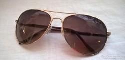 Retro aranyozott keretes Aviátor alakú  napszemüveg