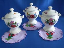 Eredeti Kalocsai porcelán fűszertartó ajándék terítővel