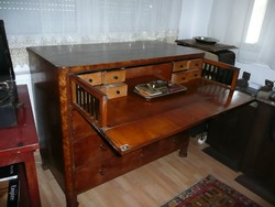 Kuriózum!!! Antik íróasztal-komód az 1800-as évek elejérő