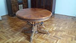 100 éves oroszlán lábas intarziás kerek asztal