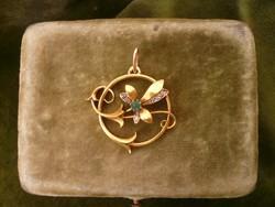 Gyémántos-smaragdos arany medál