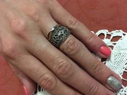 Antik Ezüst gyűrű markazitokkal