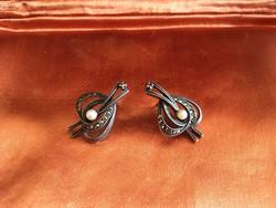 Szép antik ezüst fülbevaló markazittal, gyönggyel díszítve