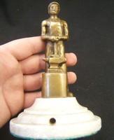 Bronz kovácsszobor