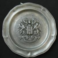 Címeres ón falitányér - In fide constans - felirattal