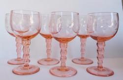 Rózsaszín talpas, csiszolt mintás pohárkészlet