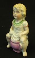 Antik Bilin ülő kislány porcelán persely -