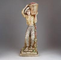 0M873 Szüretelő férfi kerámia figura 40.5 cm