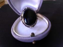 Hatalmas méretű onix köves ezüst gyűrű