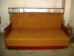 Régi rekamié, kihúzható ágy