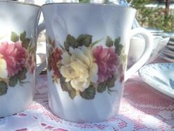 Rózsás bögrék  párban