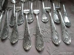 Antik ezüstözött evőeszköz készlet