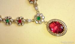Álomszép rubin köves, mesterien kidolgozott, ezüst nyakék
