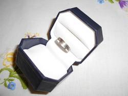 Vésett ezüst gyűrű