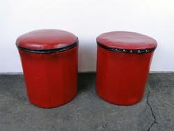 0E672 Régi retro piros műbőr puff párban
